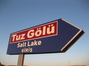 Tuz Gölü tabelası