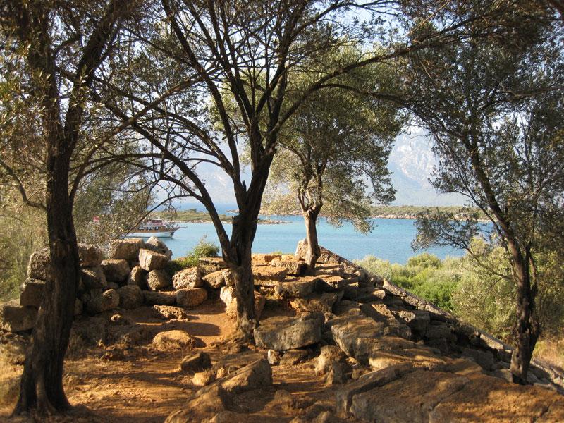adada kalıntılar