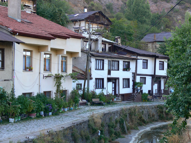 kanal boyu evler
