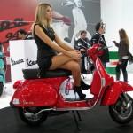 9_kirmizi_vespa_scooter