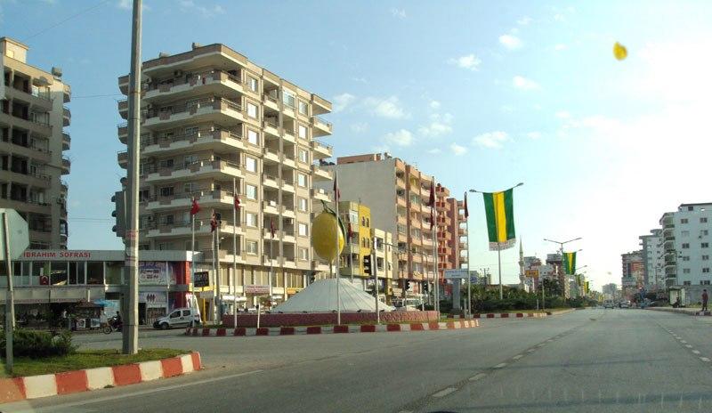 erdemli kent meydanı