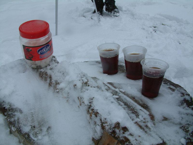 Eymir Gölü Yürüyüşü Çay Molası