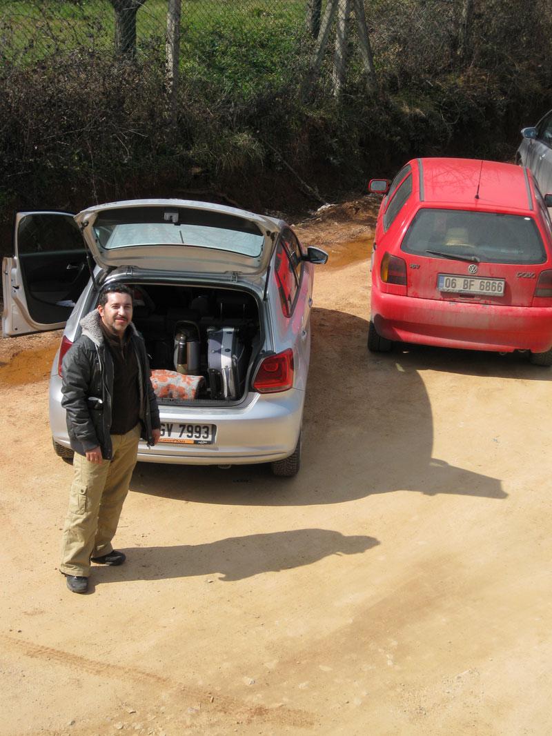 araçların bagajlarını yükleme