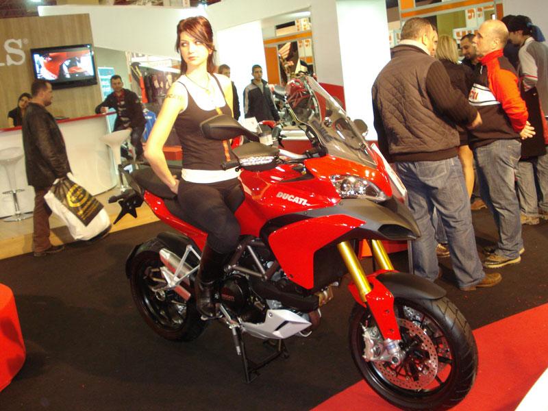 motosiklet fuarı modelleri