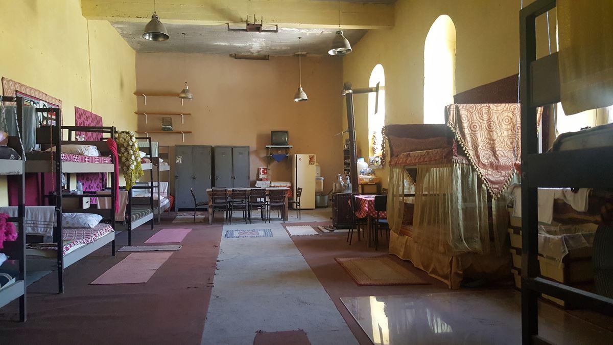 Parmaklıklar ardında dizi seti Sinop Cezaevi
