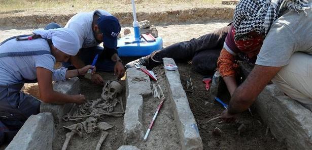 İnşaat kazısında tarihi mezara rastlandı